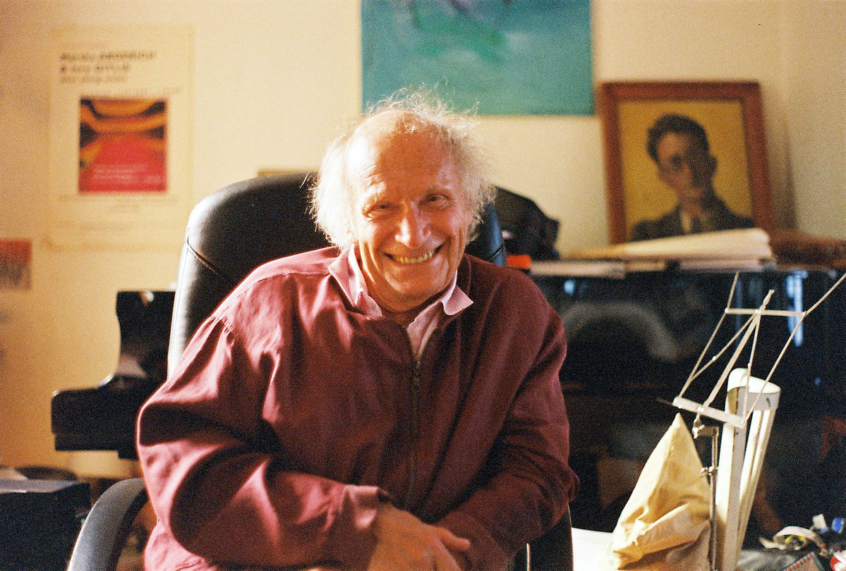 Ivry Gitliis in his home. Photographer Tamar Moshinsky. Источник - Wikipedia https://en.wikipedia.org/wiki/Ivry_Gitlis