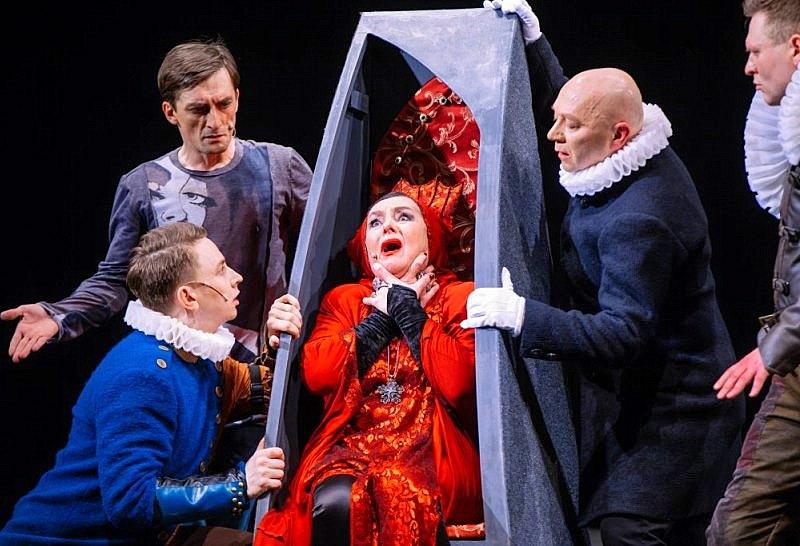 Сцена из спектакля Спасти рядового Гамлета – 7 – фото © Александр Саенко (3)