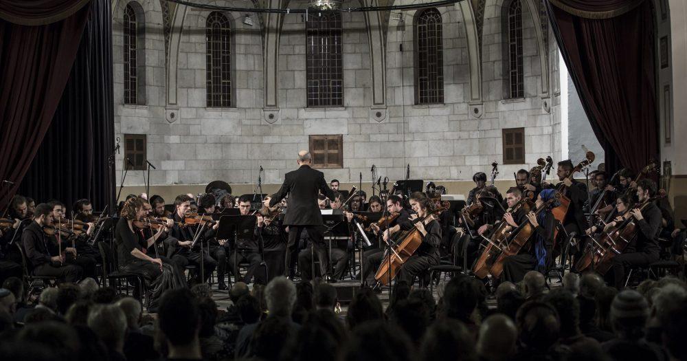 התזמורת הסימפונית עש מנדי רודן. קרדיט - לואיזה סלומון