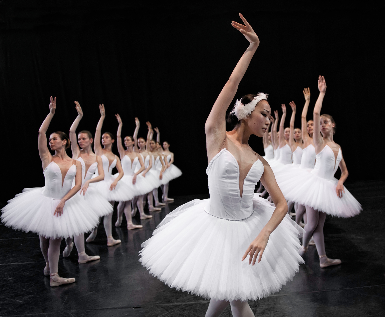 Эротический балет в кино
